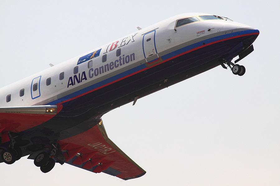 IBX CRJ-100LR / IBX31 (JA01RJ)@下河原緑地展望デッキ