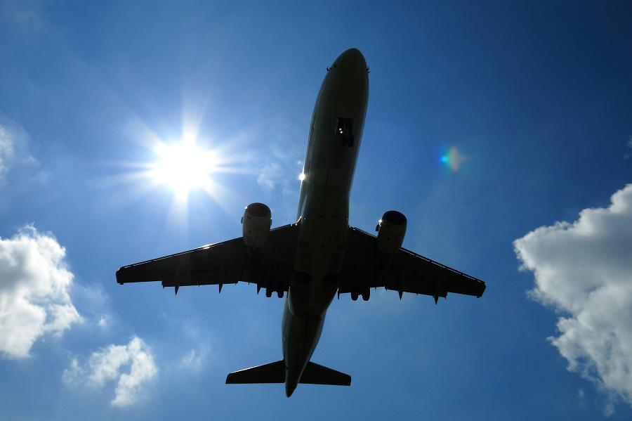 J-AIR Embraer170 / JAL2382 (JA222J)@RWY32Lエンド・千里川土手