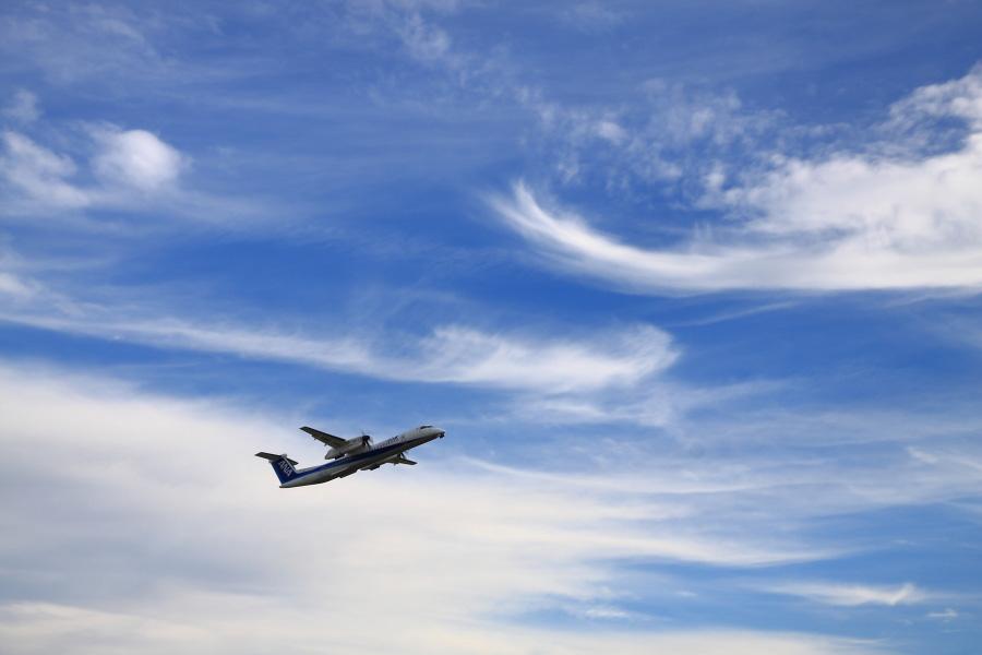 ANA WINGS DHC-8-402Q / ANA1669 (JA846A)@下河原緑地展望デッキ