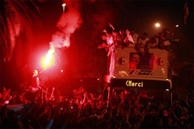 Algerian-team-return-to-hero's-welcome