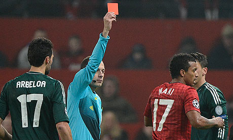 Nani-is-sent-off-002.jpg