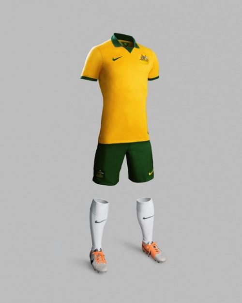 Socceroos_National_Team_Kit__detail-500x625.jpg