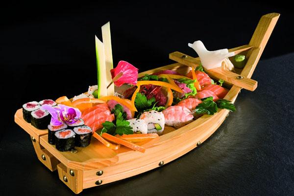barca_di_sushi.jpg