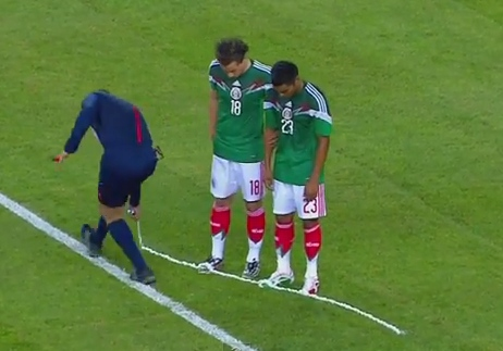 referee-vanishing-spray.jpg