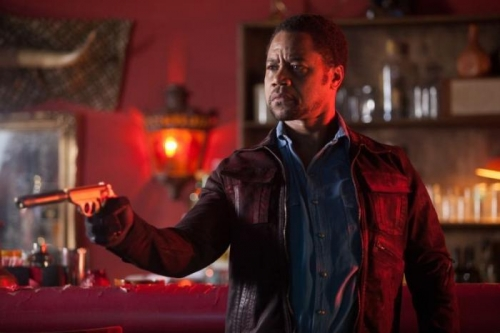 cuba-gooding-jr-in-machete-kills-289969 (700x466)