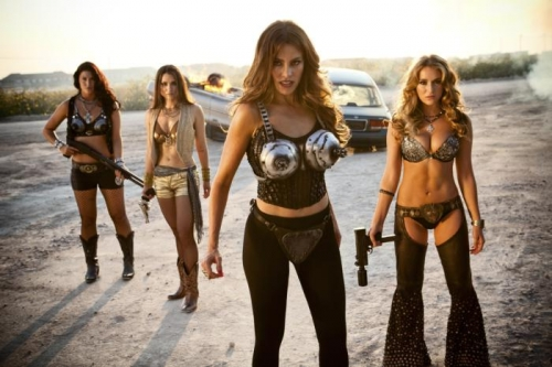 machete-kills-sofia-vergara-alex-vega (700x466)