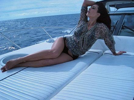 10-Kim-Kardashian_image_size_440_330d.jpg