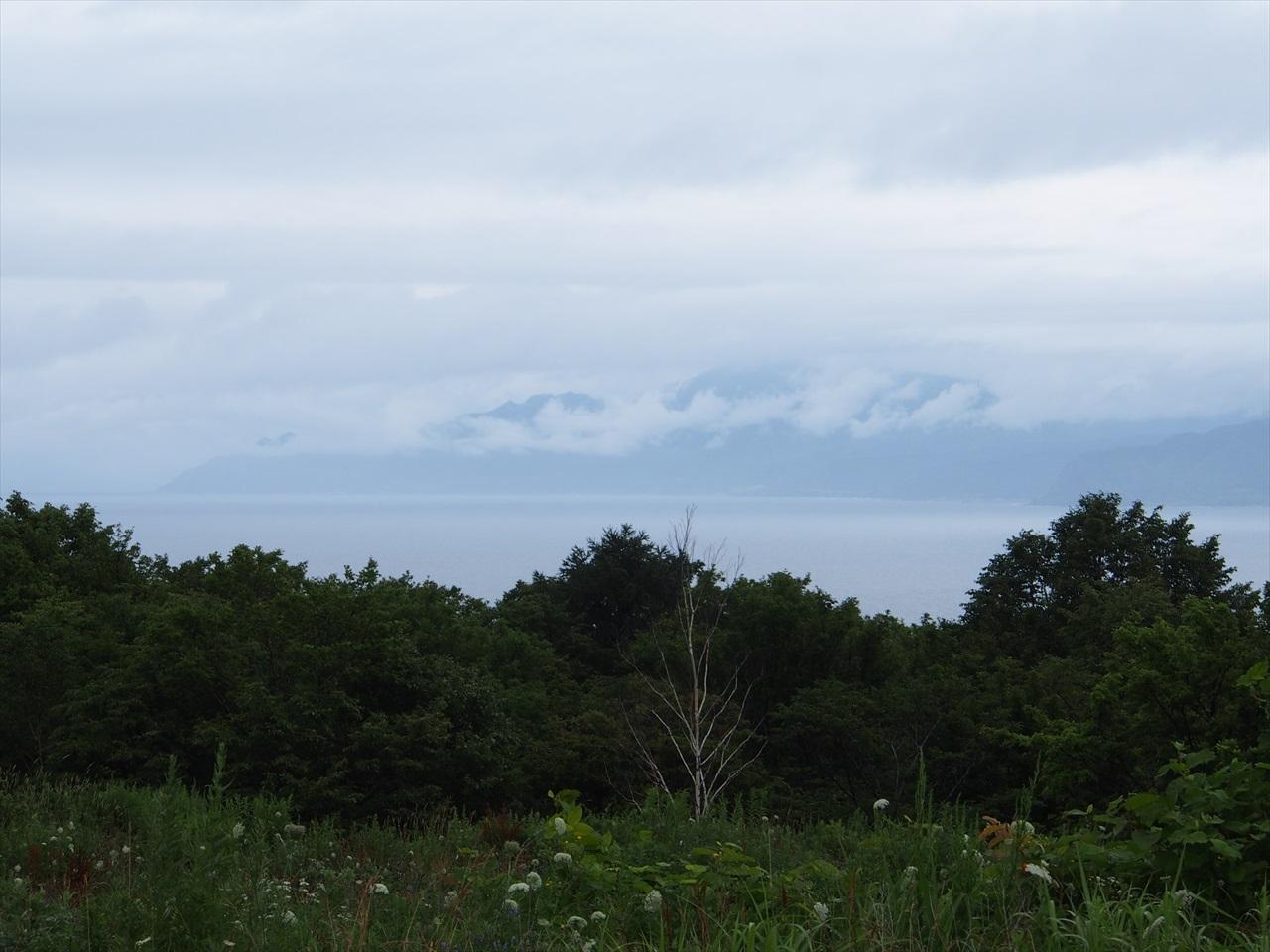 アリスの里から見た積丹半島