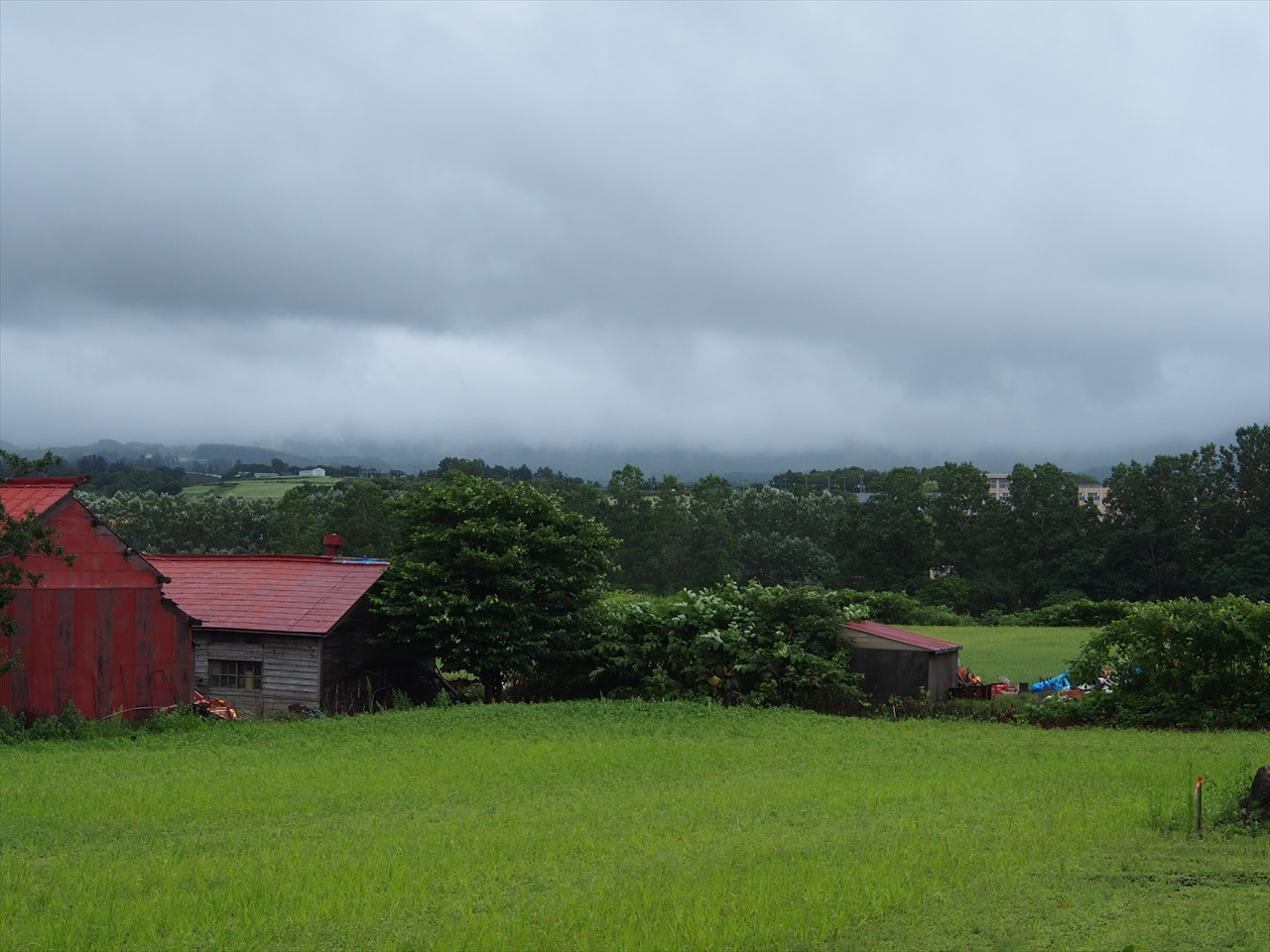 雨の日の岩内町