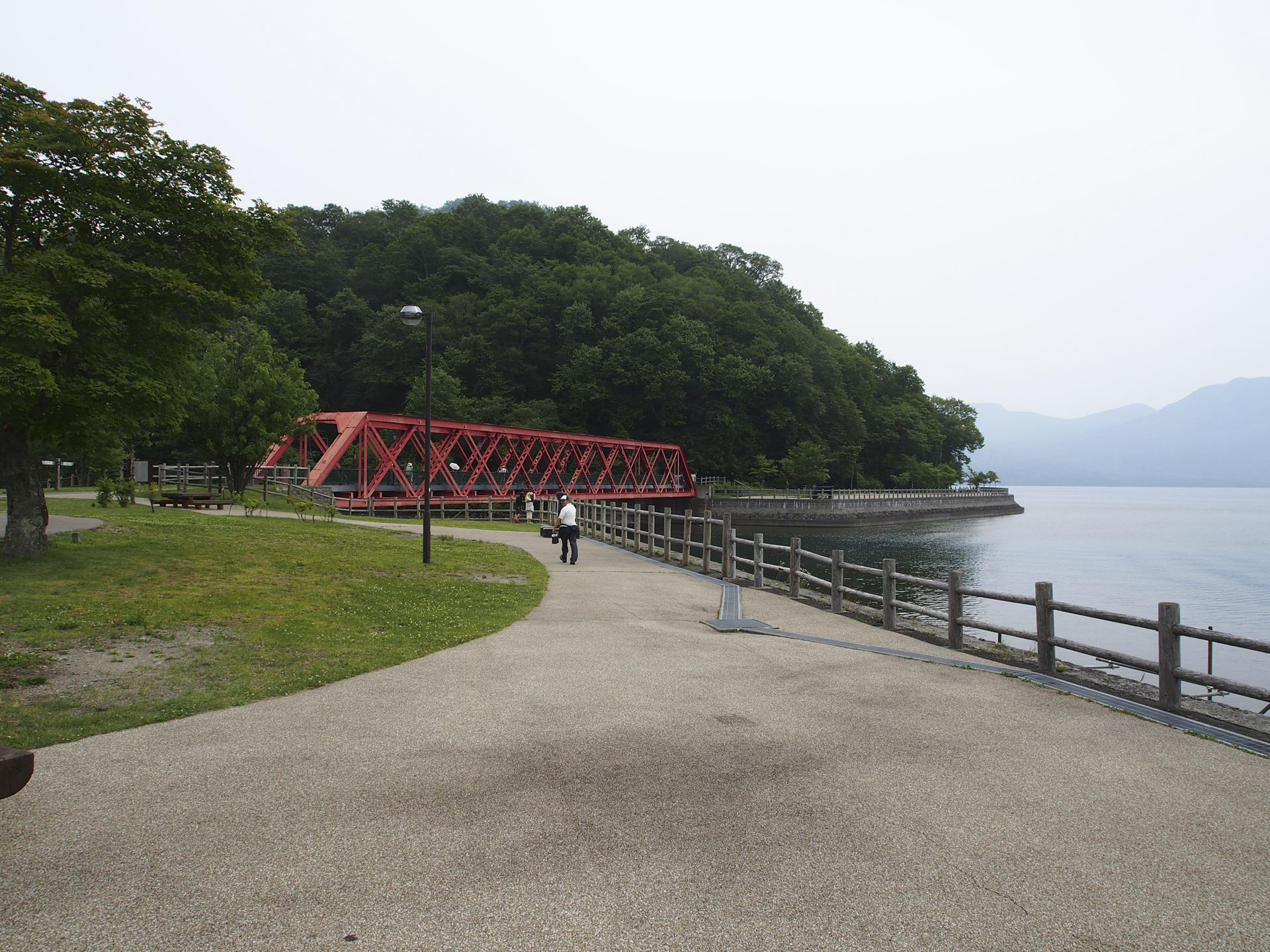 支笏湖の湖岸