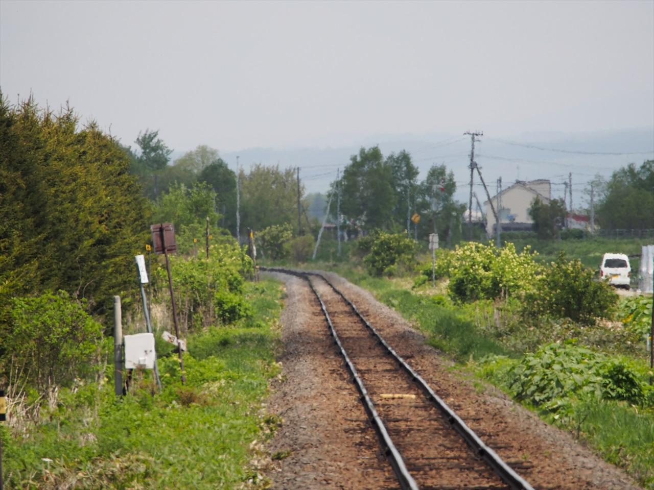 陽炎で揺らぐ鉄路2