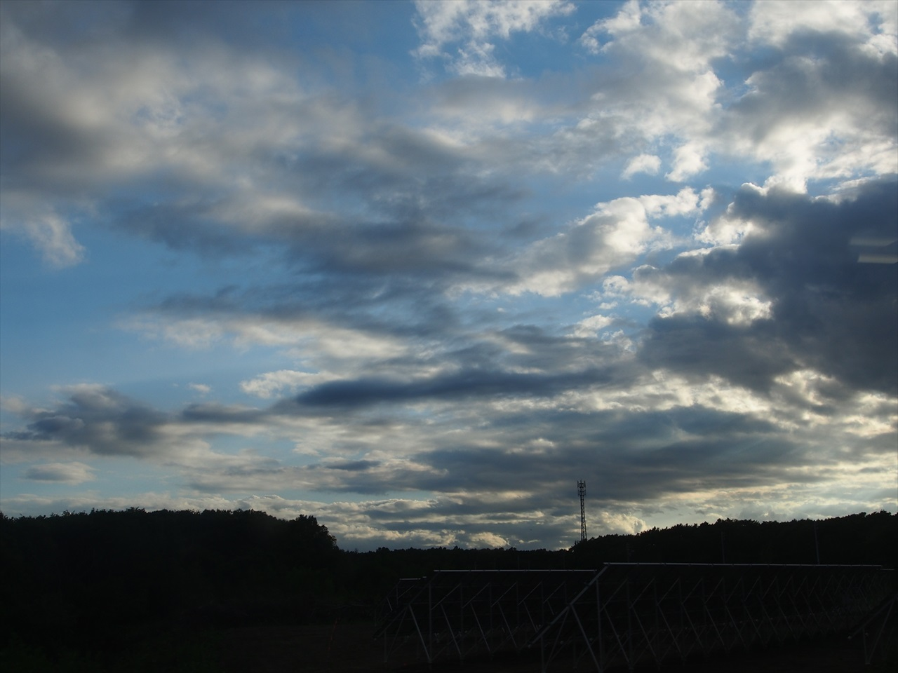 日暮れの空1