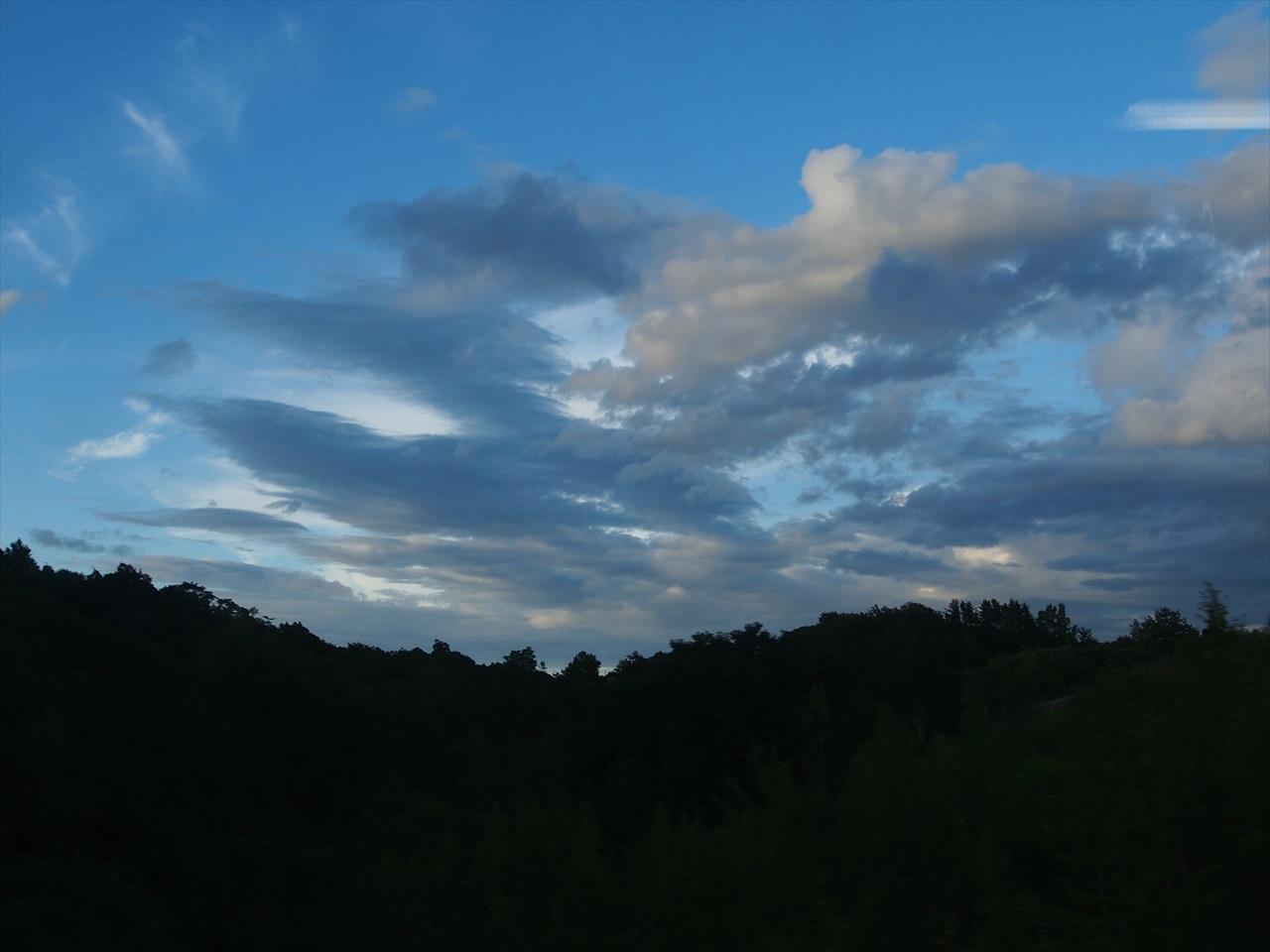 日暮れの空2