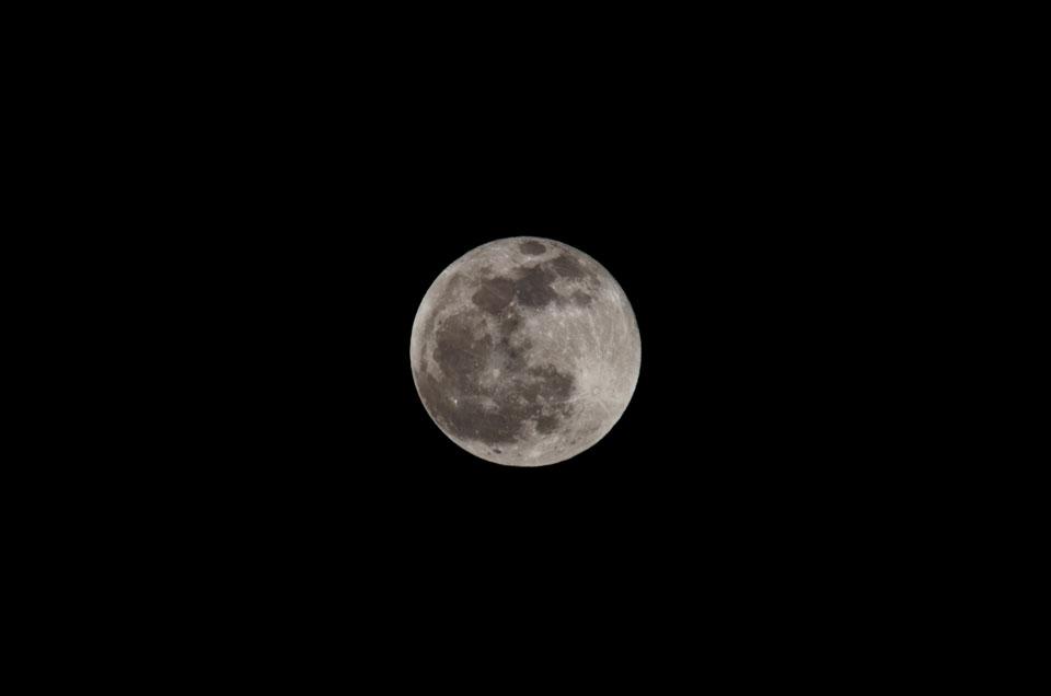 D70_6117満月