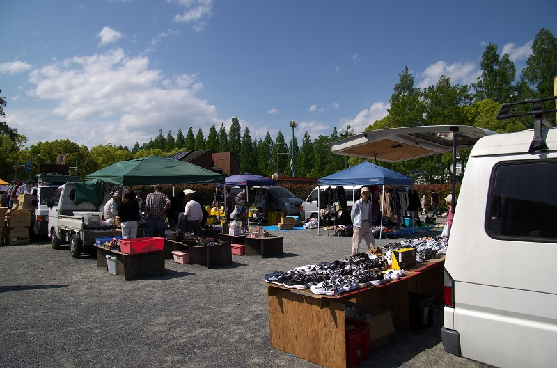 鶴見緑地公園 フリーマーケット