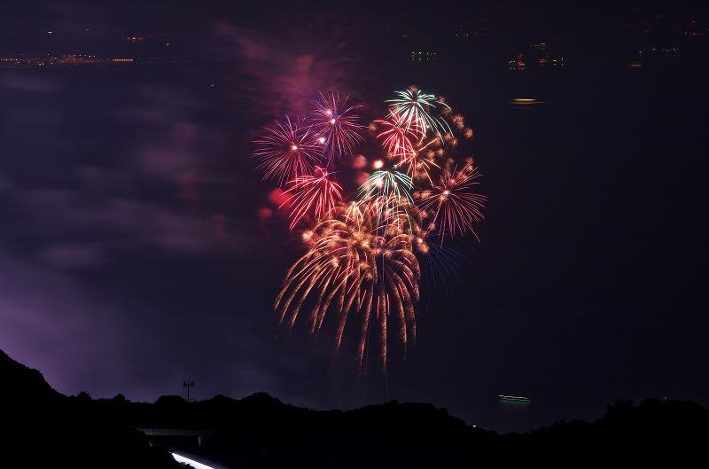 あわじ花さじきから見る淡路市夏まつり花火大会