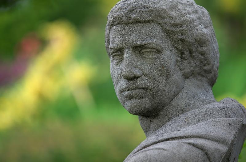 びわ湖大津館 イングリッシュガーデン 石像