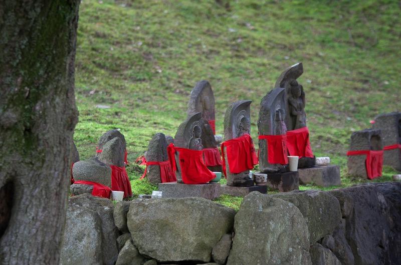 奈良 南円堂 お地蔵さん