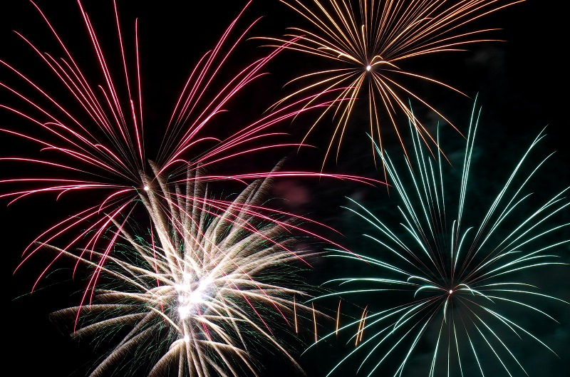 ハーベストの丘 開園14周年記念 春の花火