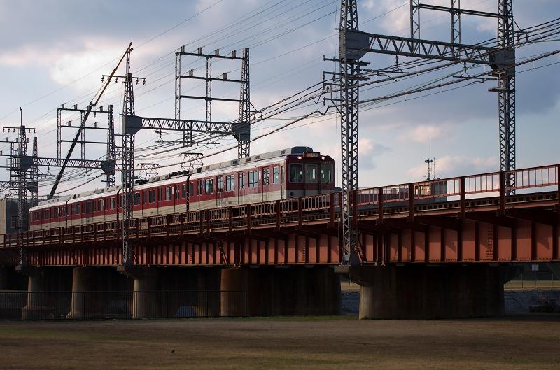 石川河川公園 駒ヶ谷地区 鉄橋 近鉄電車