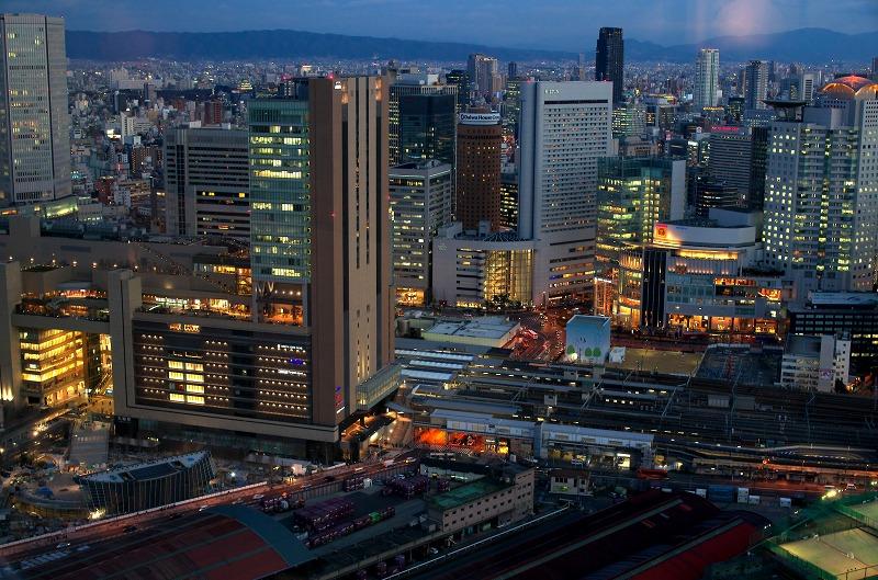 梅田スカイビル 空中庭園 夜景