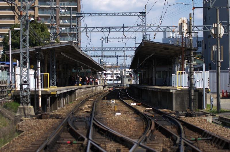 富田林駅 線路 ホーム