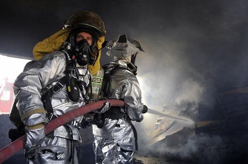 firemen-78111_640