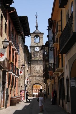 2436 Torre de Reloj
