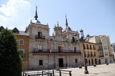 2453 Ayuntamiento