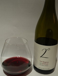 two degrees pinot noir 2012