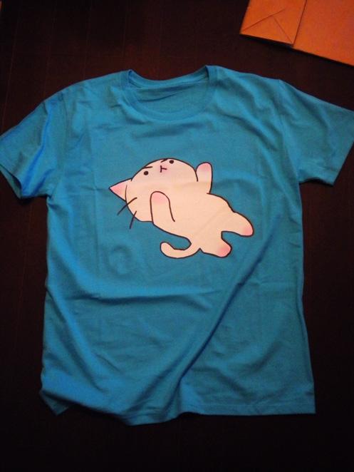 猫ピッチャーTシャツ