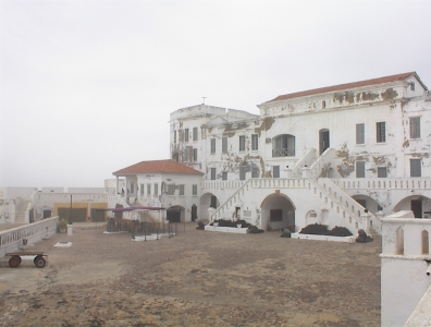 Cape_coast_castle_II.jpg