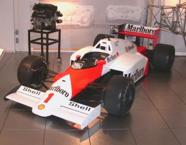 McLaren_TAG_Porsche_F1.jpg