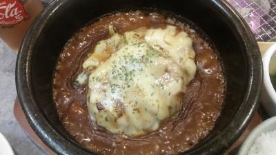 食道園石焼煮込みハンバーグアップ