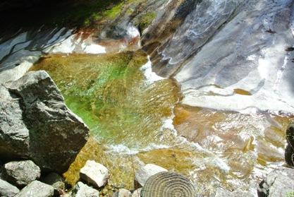 滑床渓谷16雪輪の滝壺