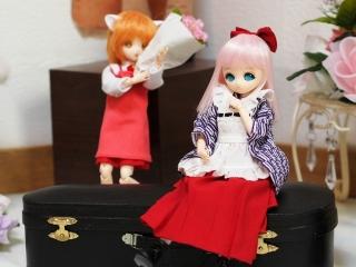 和メイド服がよくお似合いです。