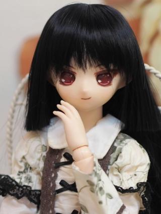 黒髪姫カットに赤眼は鉄板ですよね!