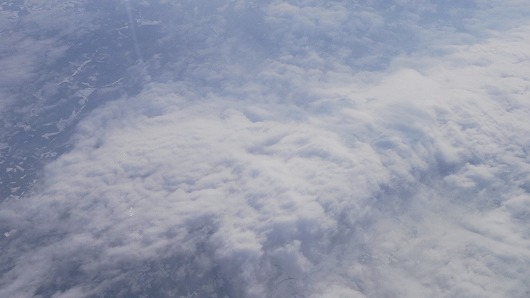 s-たい焼きのような形の雲