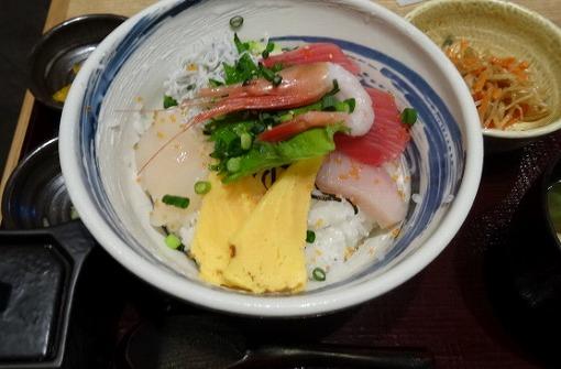 s-DSC02241 魚沼食堂