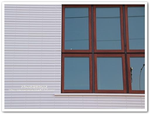 外観 子供部屋窓