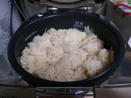 タケノコご飯4