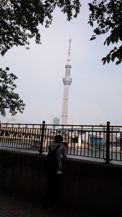 しゃべくりトリオ東京への旅060