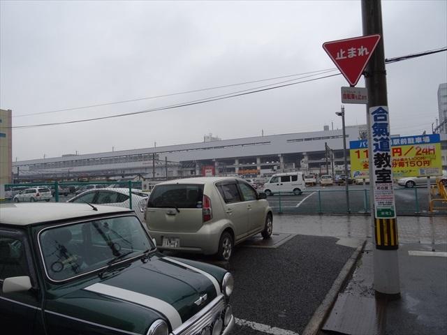 福島駅裏手