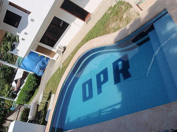 pool113.jpg