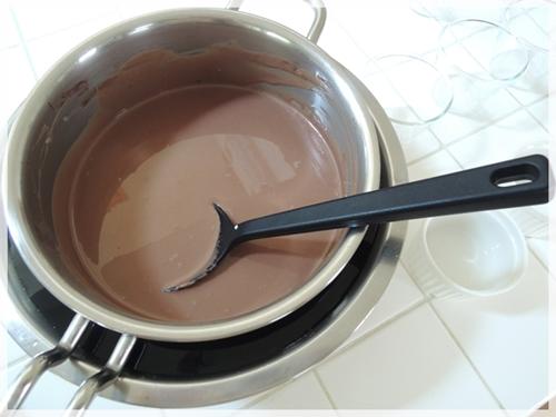 チョコムースつくり