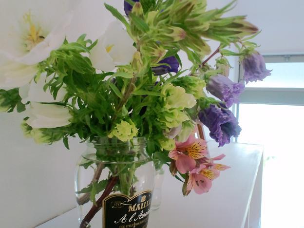 イメージ花瓶の花2