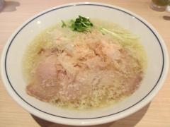 【新店】らーめん 鱗-3