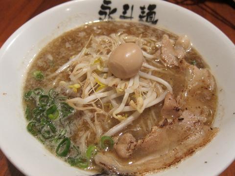 永斗麺(サンマらーめん醤油)