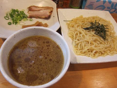 蔵(つけ麺)
