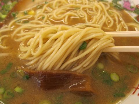 金八ラーメン(麺)